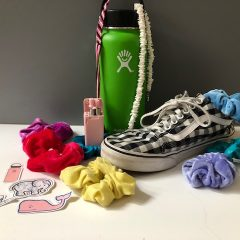 VSCO girl - Hydroflask, Vans, scrunchies, stickers