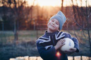 Resilient kid Photo by Lukáš Rychvalský on Unsplash