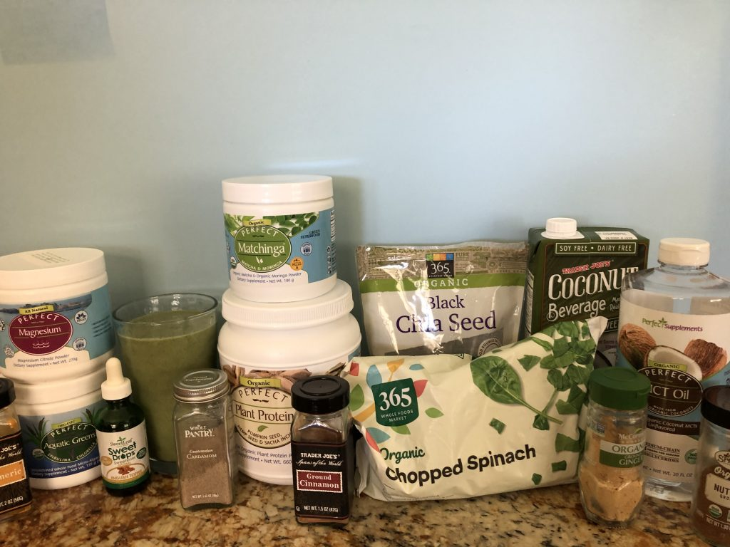 Monday morning green smoothie ingredients